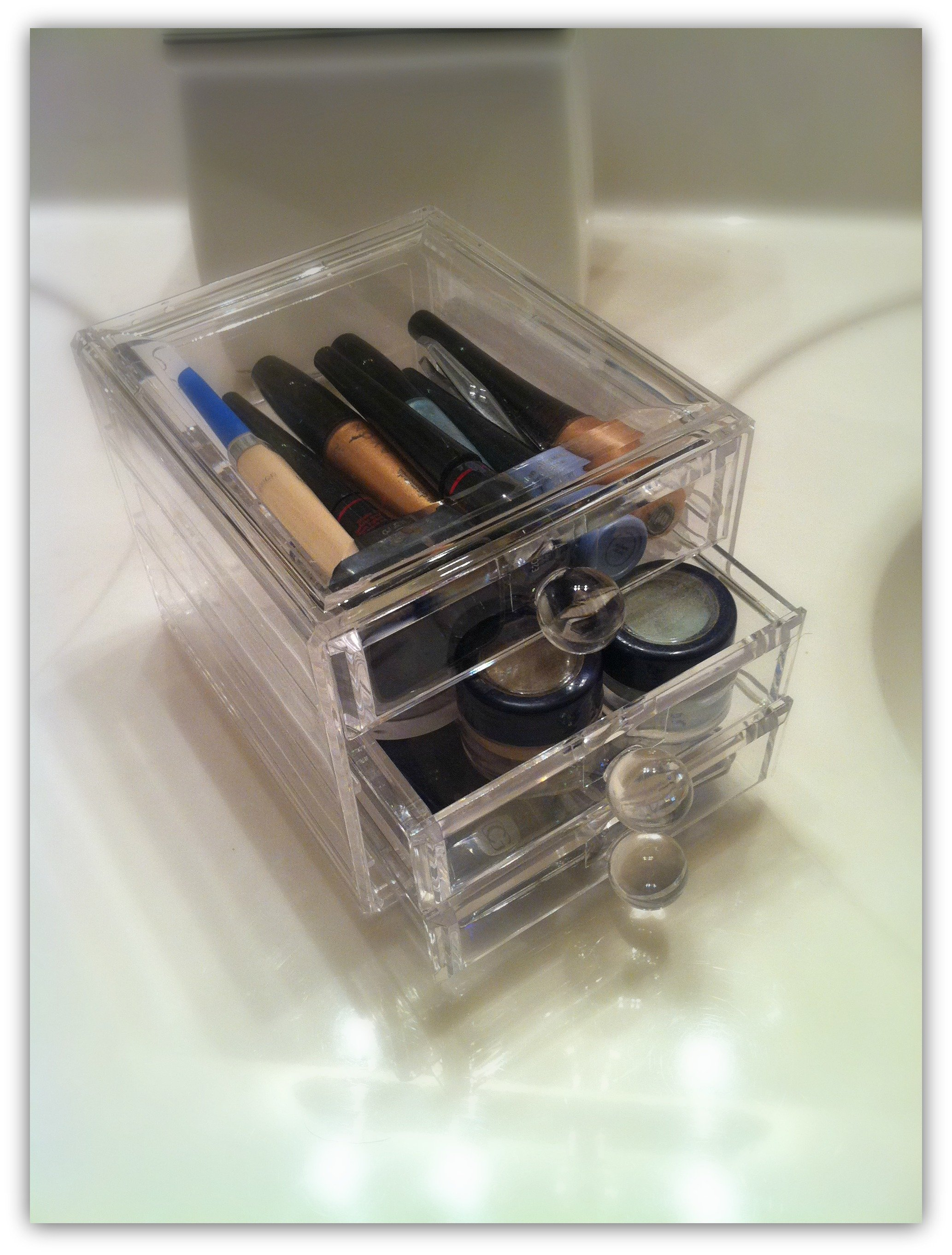how to organize your beauty tools-box