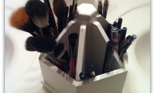 how to organize your beauty tools