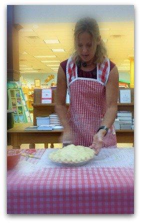 the world needs more pie-pie-lady