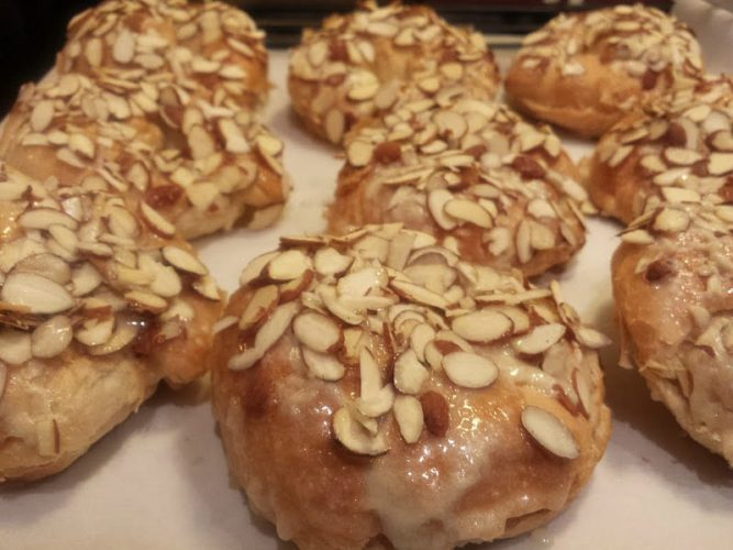 almond croissants-oven