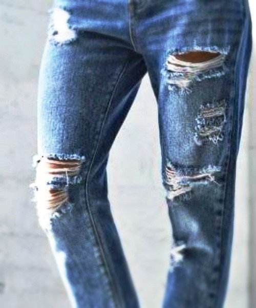 Create your own distressed jeans with this easy ripped jeans diy gcc heres a little continuation from my previous jean therapy post a little ripped jeans diy tutorial theyre the rage and i love worn looks on some of solutioingenieria Gallery