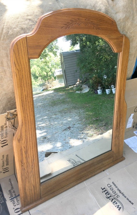 distressing an old bedroom set-gullycreekcottage-mirror