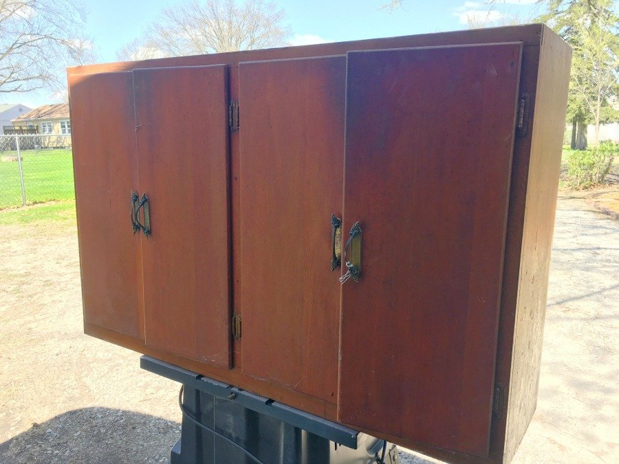 janky cabinet gets a makeover-gullycreekcottage-before