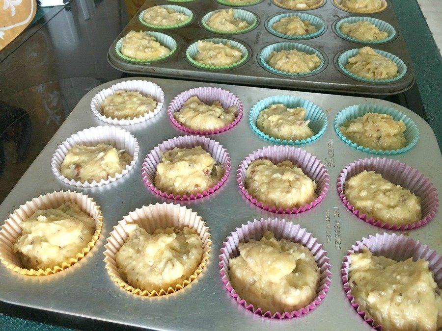 Delicious Spring Hummingbird Cupcakes-gullycreekcottage-bake