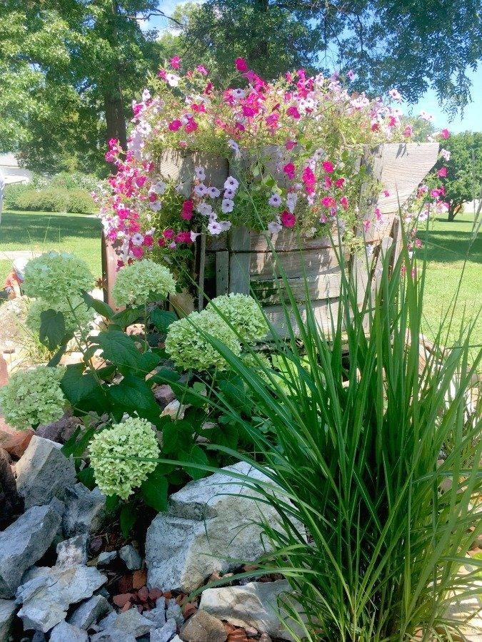 Fresh Hydrangea Door Wreath-gcc-planting