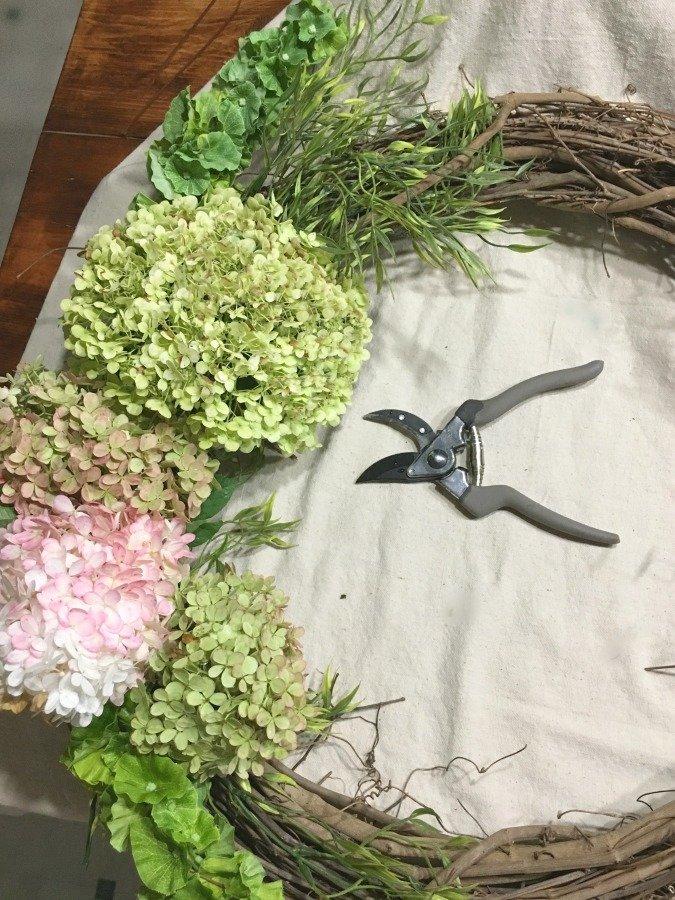 Fresh Hydrangea Door Wreath-gcc-trim