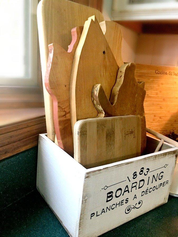 A little farmhouse box diy-gcc-pig