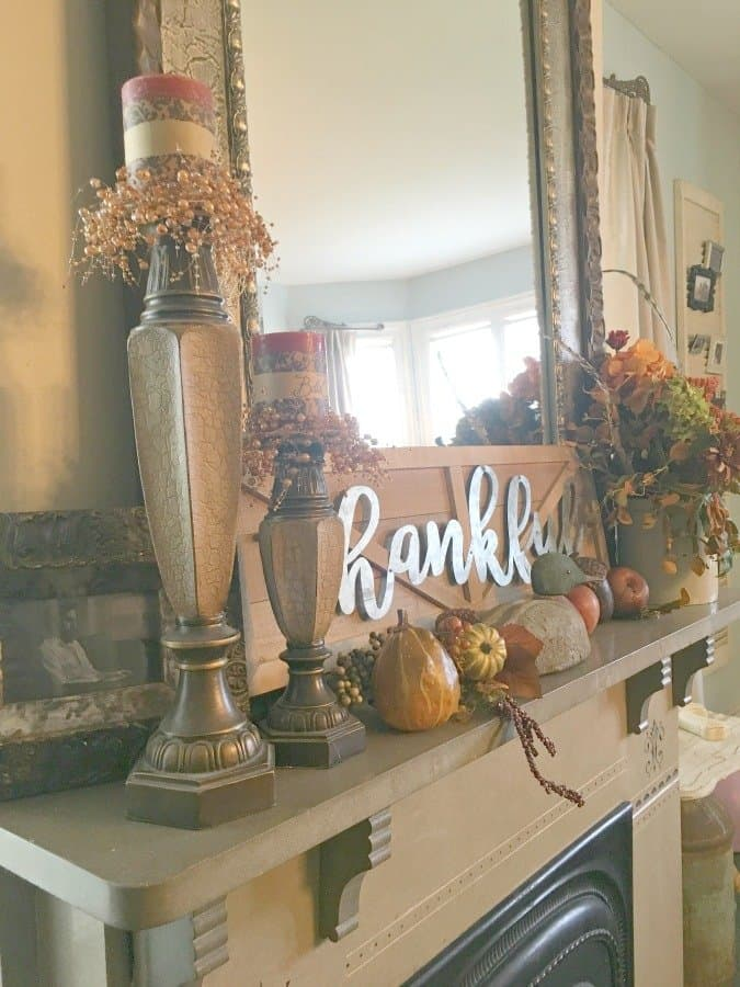 FALL FLAIR AT GULLY CREEK COTTAGE-gcc-mantle
