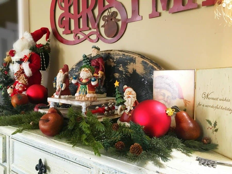 Christmas at Gully Creek Cottage-hutch