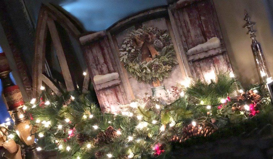 Christmas at Gully Creek Cottage-mantle2