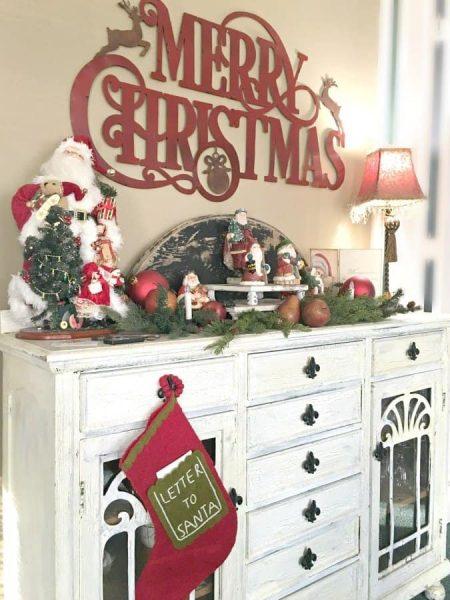 Christmas at Gully Creek Cottage-santas