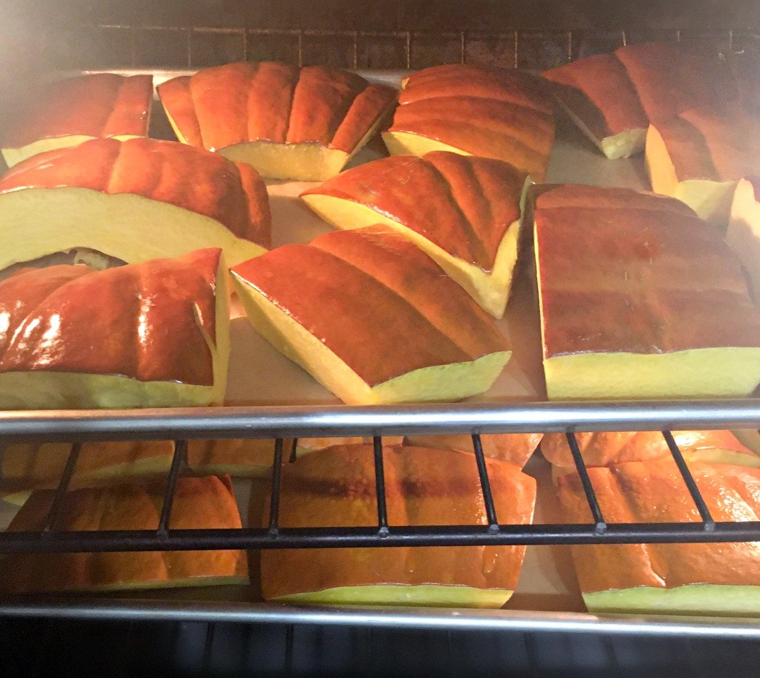 delicious fresh pumpkin empanadas-gcc-roast