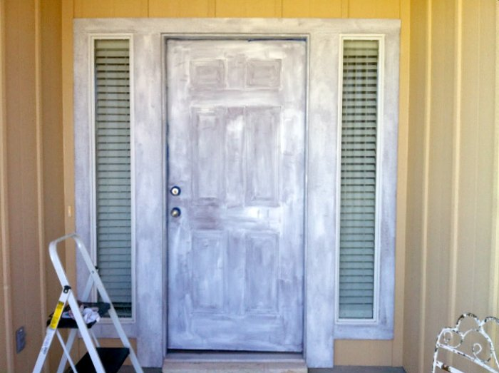front door reveal-before-door