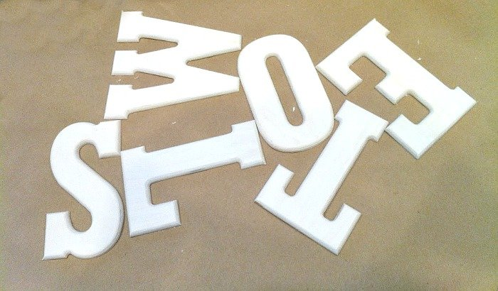 no ordinary towel bar-lettering
