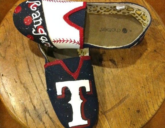 baseball team shoe giveaway