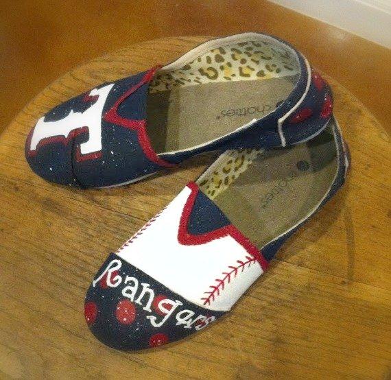 baseball team shoe giveaway-pair