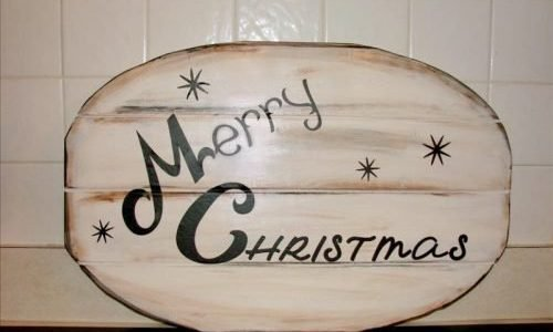the Christmas wood plaque